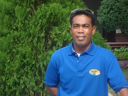 PADI Scuba Instructor Loniboy Cananes